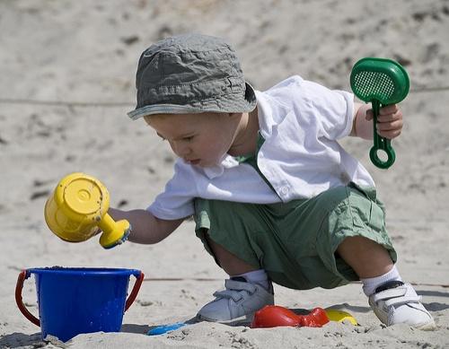 homokozo-gyerek