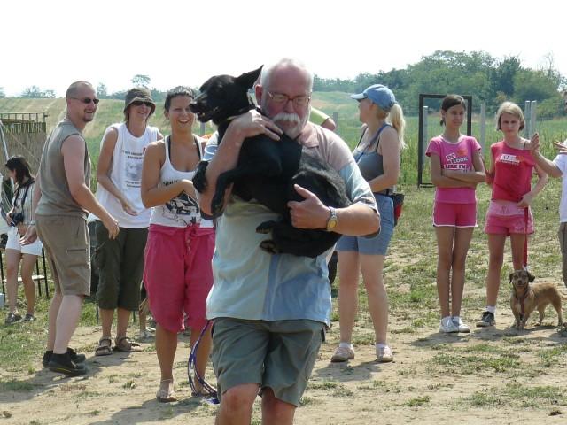 Sárdobáló állatvédők, azaz: egy nap az együttműködésért