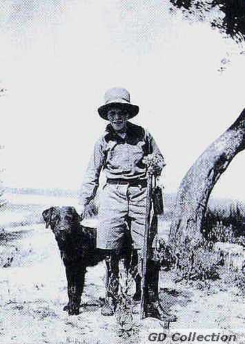 Gerald Durell, kutya, fénykép