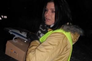 Dér Heni hajléktalanokon és kutyáikon is segített