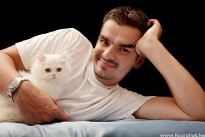 A macskatulajdonosok személyiségvonásai befolyásolhatják házi kedvencük viselkedését